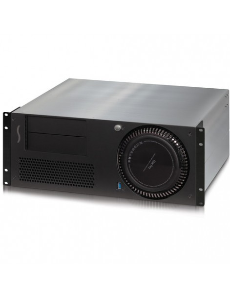 xMac Pro Server with three full-length slots and two mobile rack bays